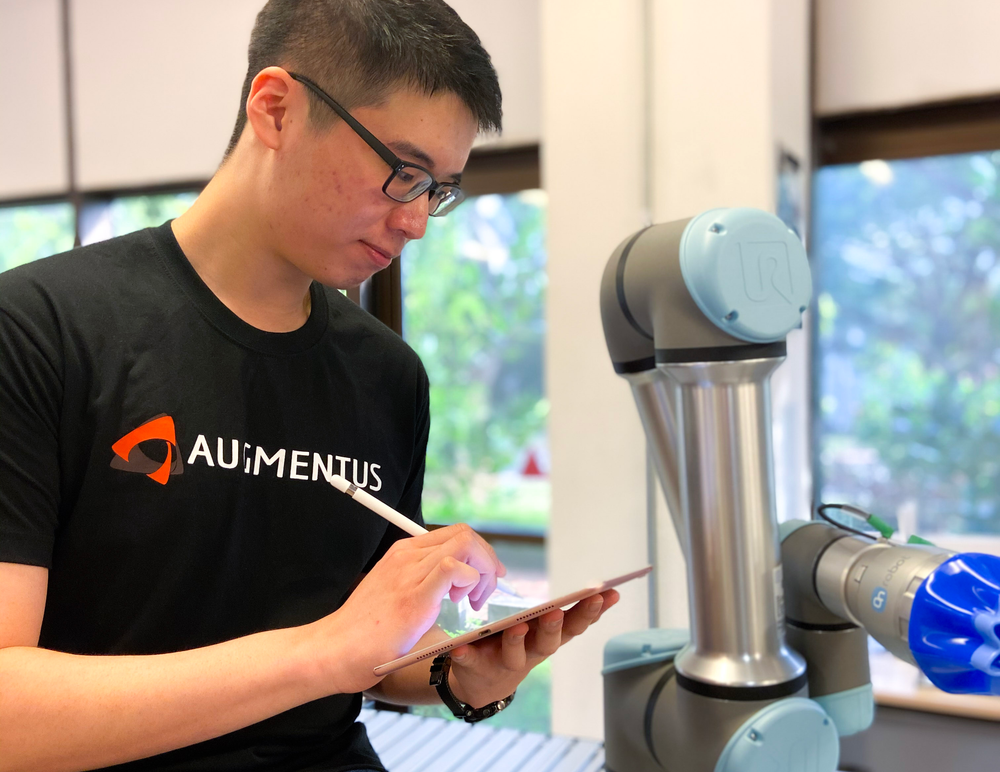 Pinxi Robot Engineer at Augmentus